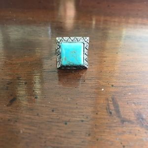 Jewelry - Turquoise and silver fashion ring